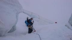 Przejscie przez labirynt seraków na lodowcu Vadret Pers, podejscie na Piz Palu - Albert