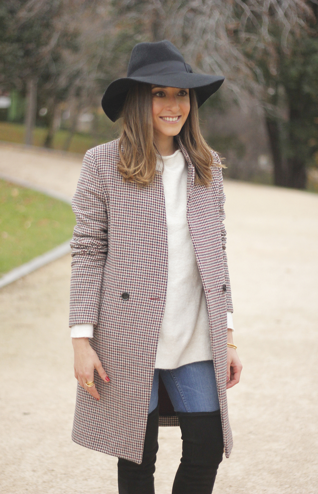houndstooth coat, white sweater, over the knee boots, black hat, outfit, style, jeans17