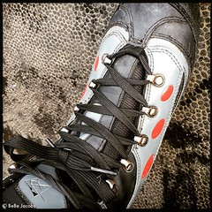 I can do without these lace-up skates. #GetSnappy #GetEmSnapOn #NapaOnIce
