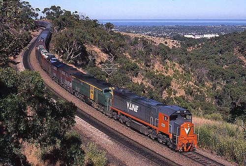 railroad train diesel transport engine rail railway australia transportation adelaide locomotive interstate passenger kodachrome southaustralia overland emd vline broadgauge x53 xclass victorianrailways 645e clydeengineering edenhills g26c throughworking rpauvicxclass3 rpauvicxclass3x53 railpage:class=17 railpage:loco=x53 railpage:livery=5