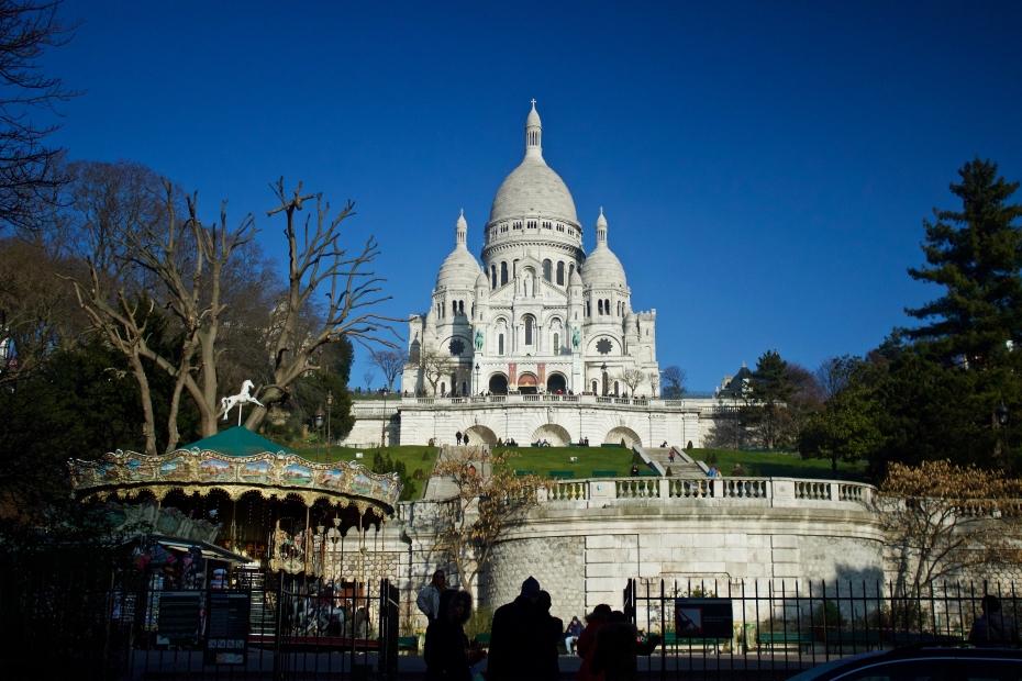 lara-vazquez-madlula-fashionblog-sacre-cour-Paris-La France-magic