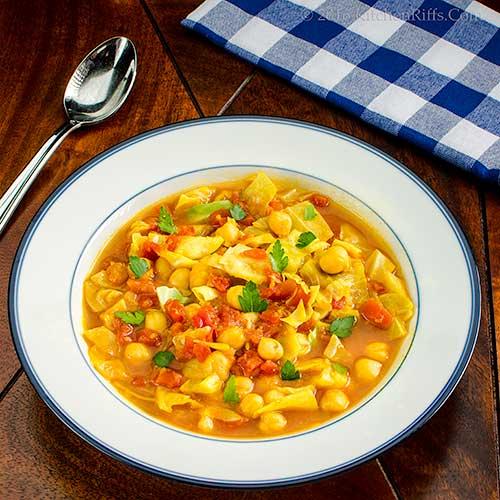Vegan Mulligatawny Soup with Cabbage