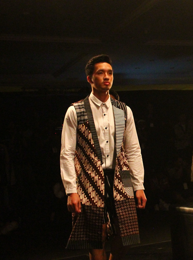 Menswear Fashion Sow - Indonesia Fashion Week 2016 (1)