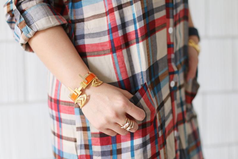 plaid-dress-hermes-bangle-gorjana-cuff-8