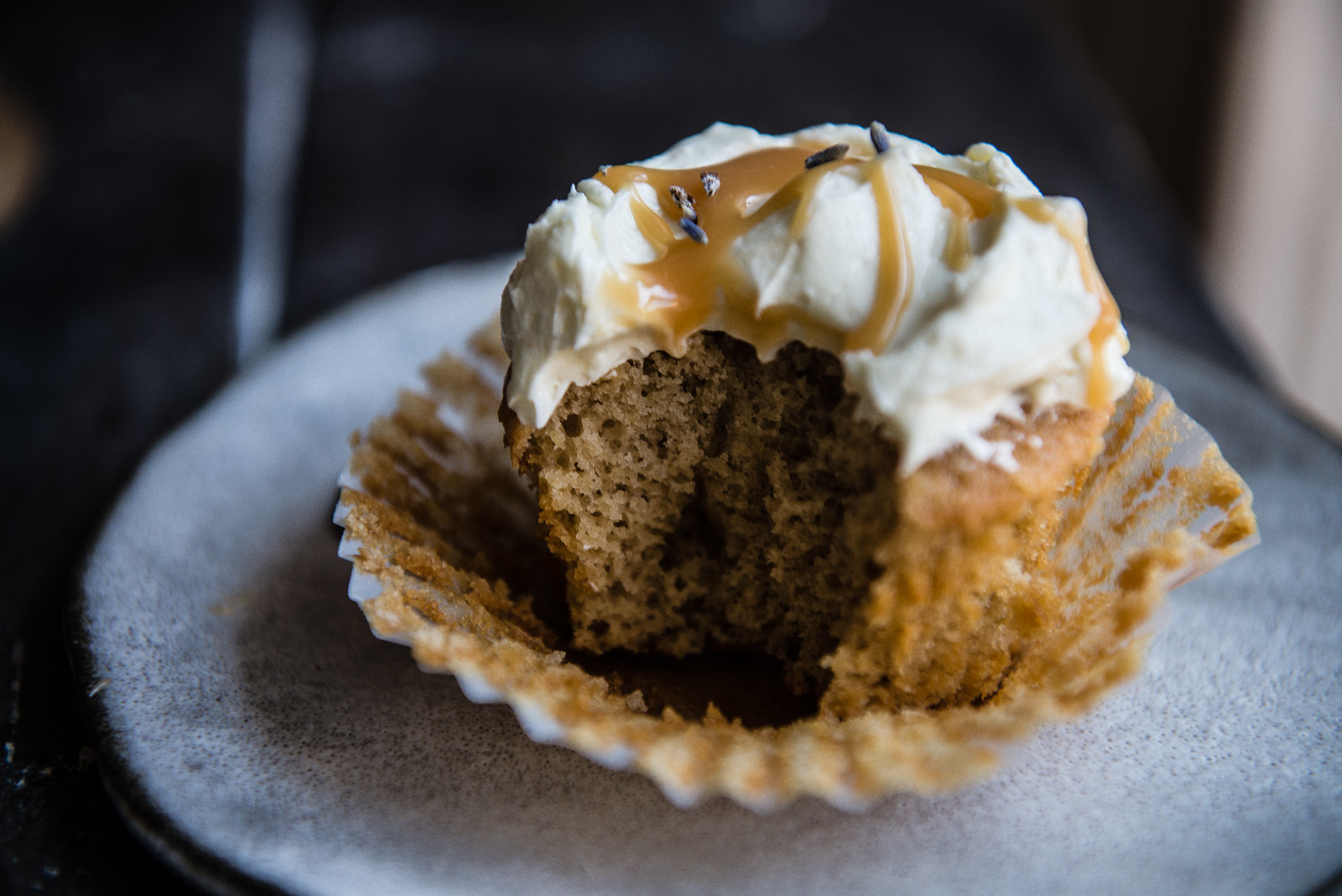 london fog cupcakes   two red bowls