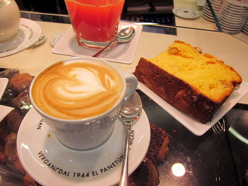 Cappuccino and Colomba