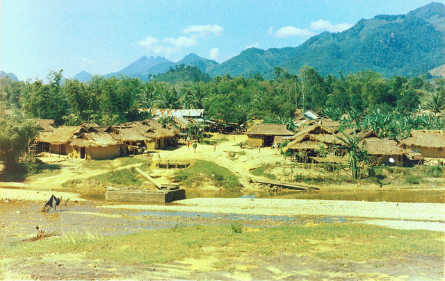 QUANG NGAI 1970 - Tra Bong village beside Song Tra Bong river - Photo by vnvetlester