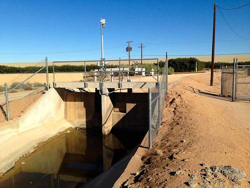 arizona usa volkswagen canal farming irrigation maricopa