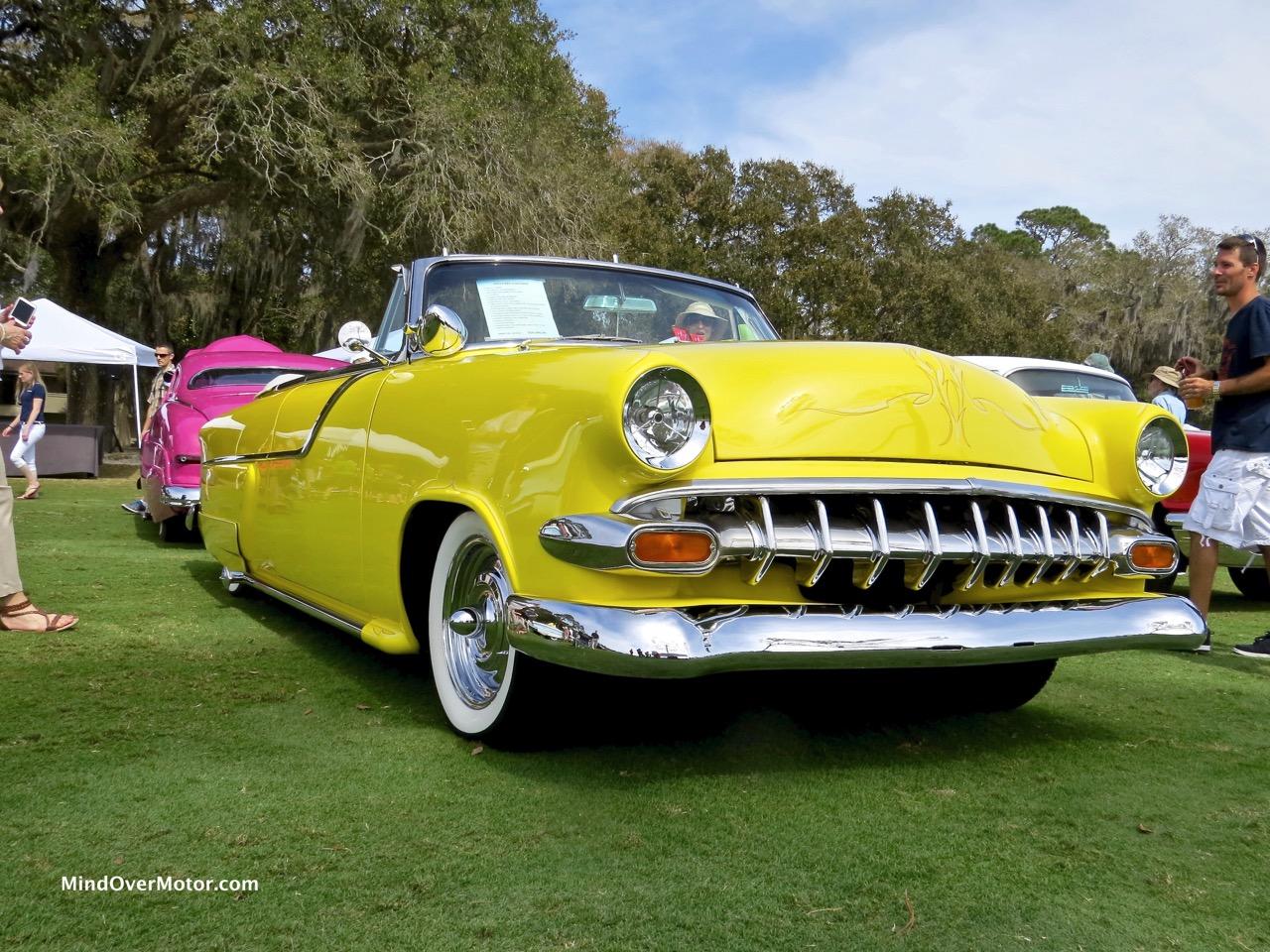 1954 Ford Sunliner Front