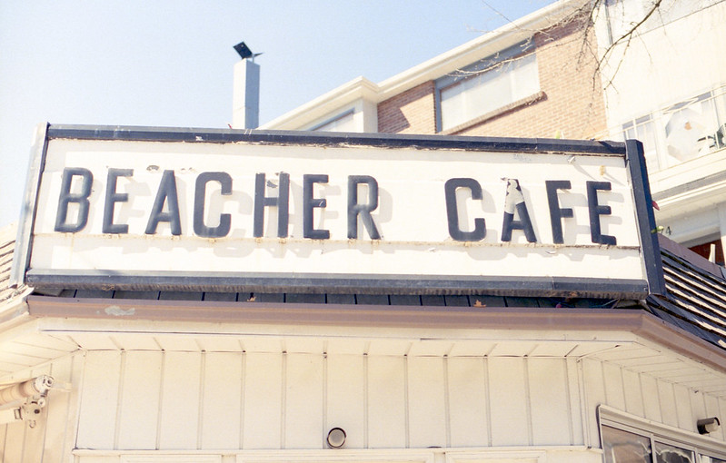 Beacher Cafe Sign