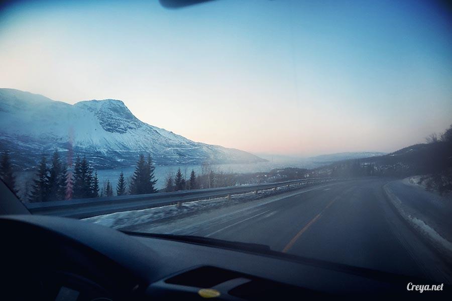 2016.02.23▐ 看我歐行腿 ▐ 阿呀~一不小心就從瑞典到了挪威, Narvik 小鎮遇見地理課本中的峽灣 18.jpg