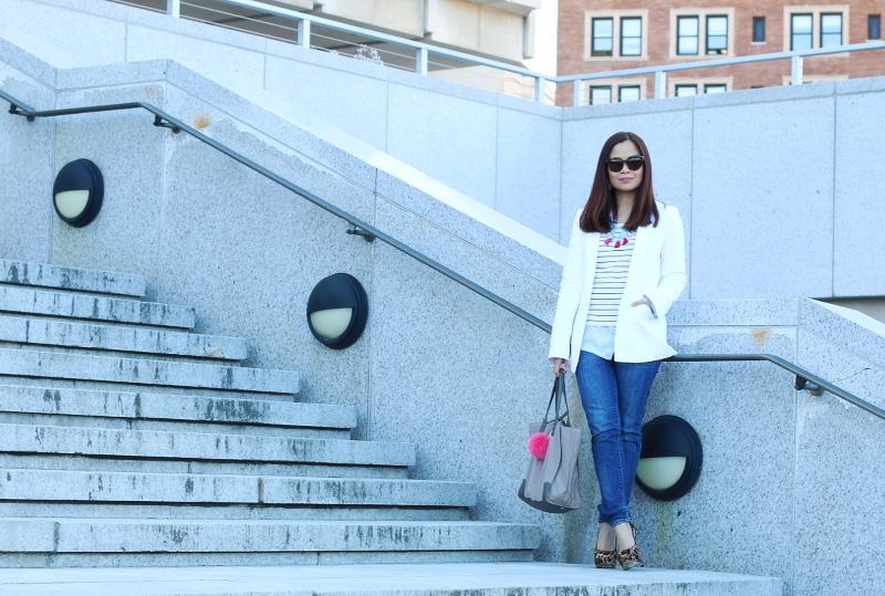 Banana-Republic-white-blazer-jeans-leopard-pumps-jeans-10