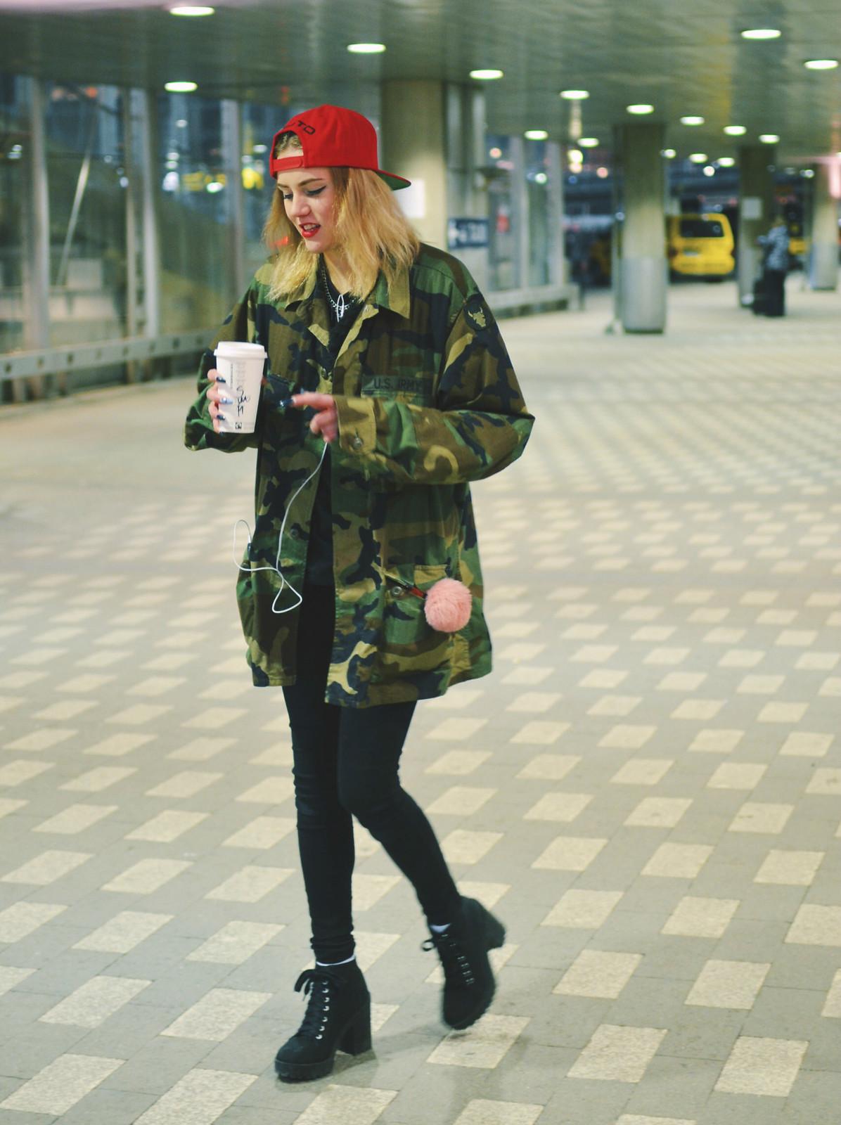 Starbucks girl