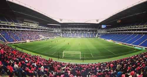 実際、良いスタジアムよ。綺麗で、声が響いて、カッコよくてチームも強い。でも問題は僕が甲子園より藤井寺が好きやってことやなー。 #セレッソ #大阪ダービー