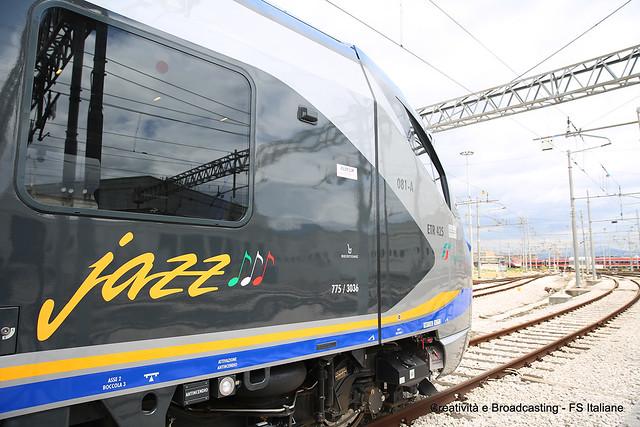 Nuovo treno Jazz per pendolari della Campania