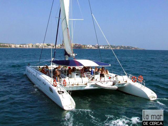 Puesta de sol en Crucero & Cena en la Playa / SUNSET CRUISE & DINNER ON THE BEACH.