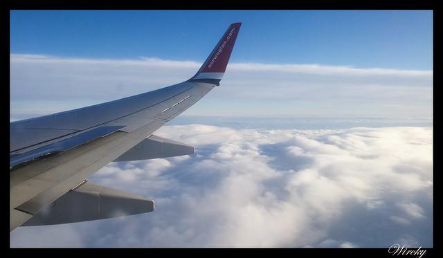 Laponia viaje Madrid Helsinki - Nubes desde el avión