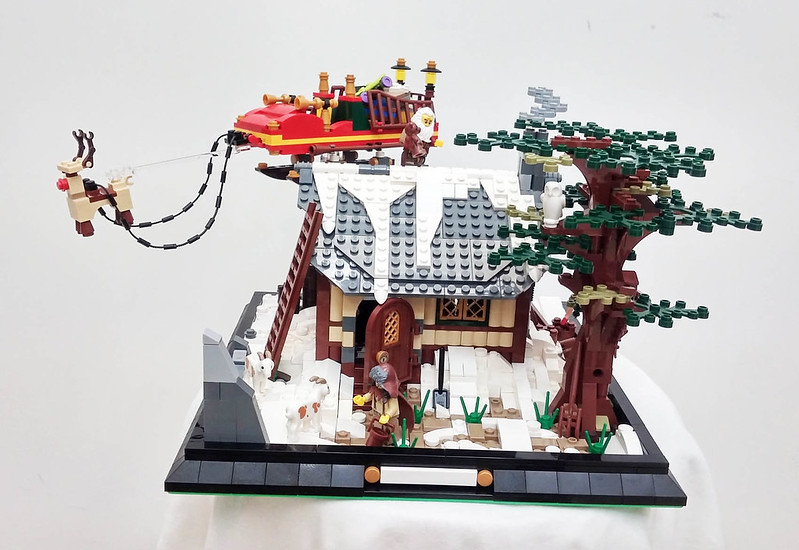 MOC - Santa Claus Is Coming To Town 23942665341_8274b61393_c