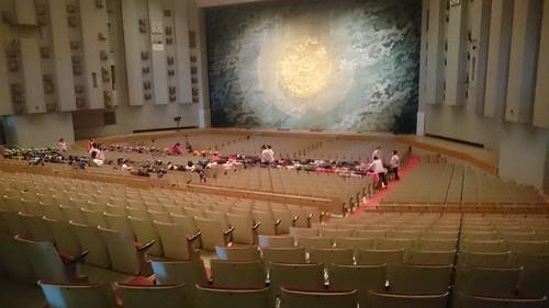 劇団飛行船マスクプレイミュージカル「赤ずきん」「3びきのこぶた」観劇