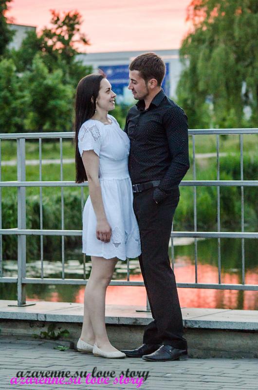 История любви на мосту в парке
