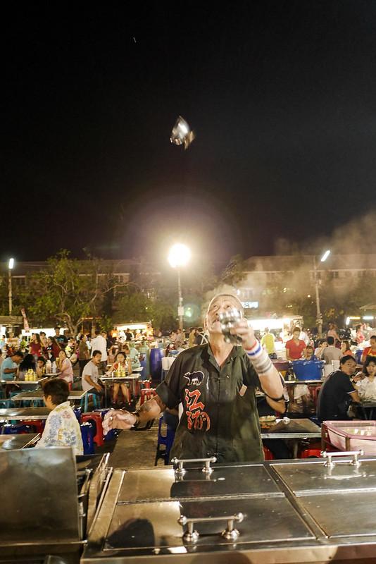 Phra Pathom Chedi_Night_Market_16