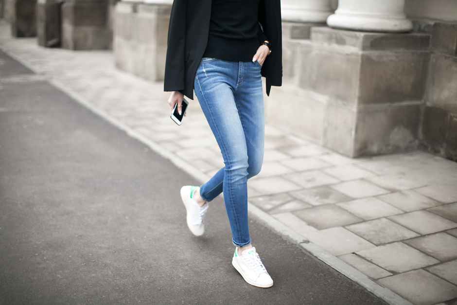 blue-skinny-jeans-street-style-where-to-buy-outfit