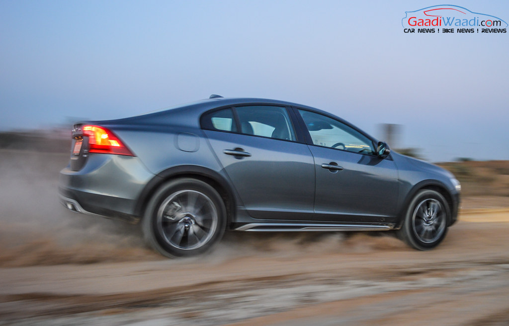 Volvo S60 Cross Country review india-21