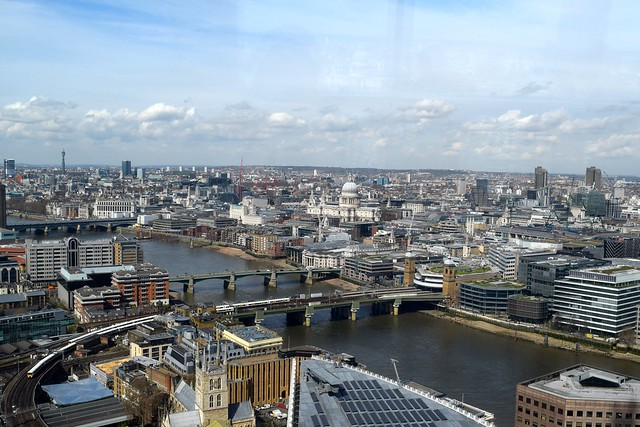 View from The Shard | www.rachelphipps.com @rachelphipps