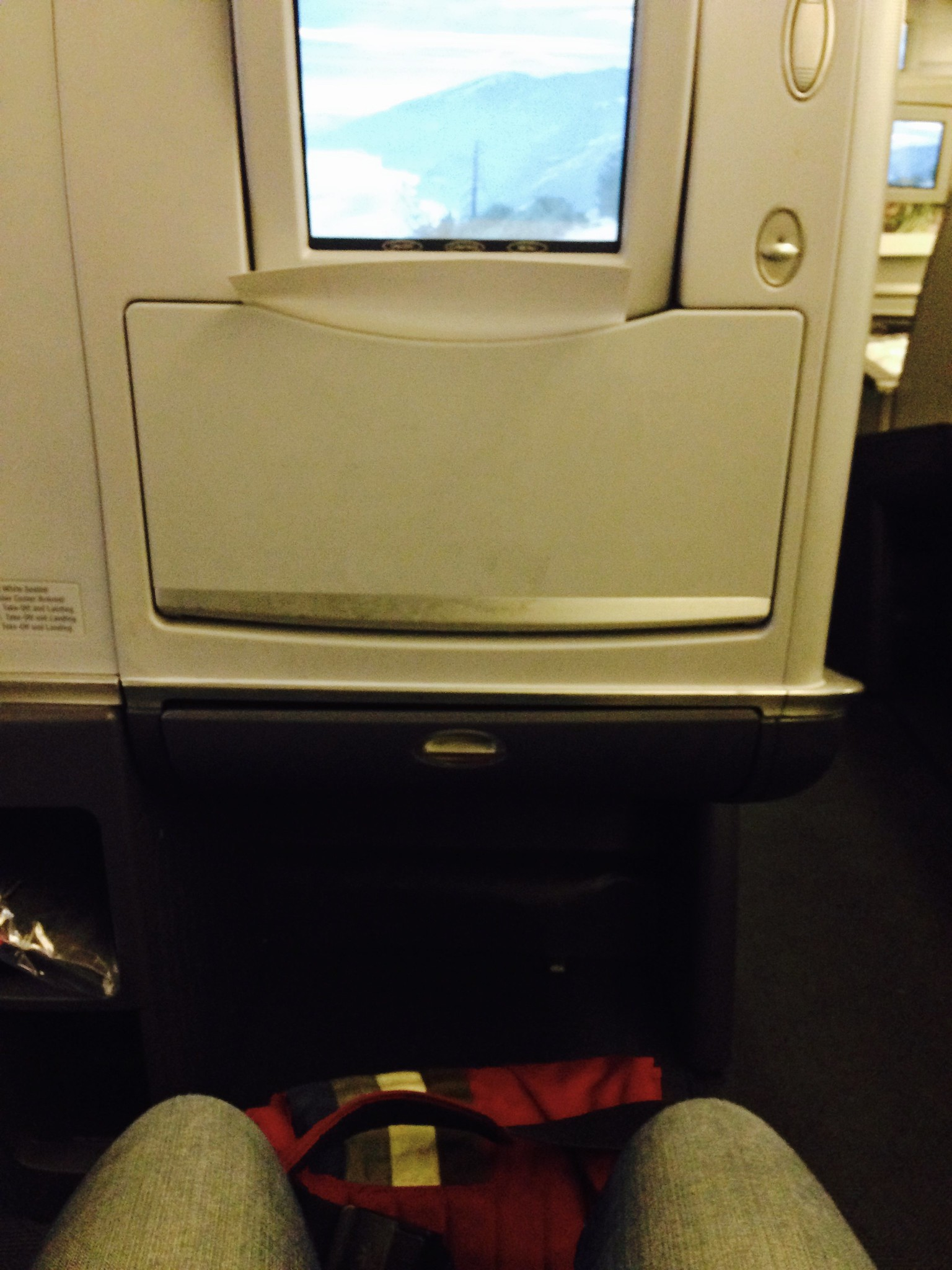 AA37 Madrid - Dallas (MAD - DFW) Business Class