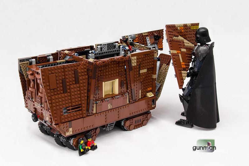 ThebrickReview:LEGO 75059-1 UCS Sandcrawler 23912311869_42179c6645_c
