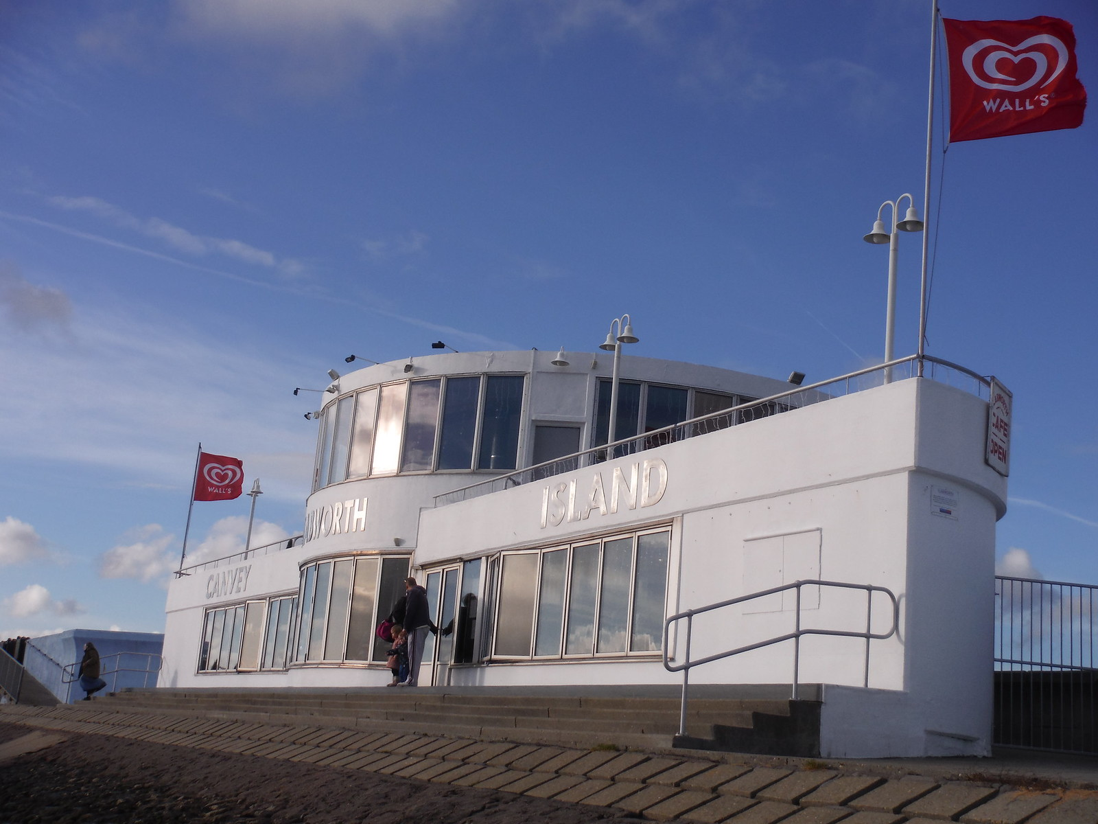 The Labworth Restaurant and Beach Bistro (viewed from the east), Canvey Island SWC Walk 258 Benfleet Circular (via Canvey Island)
