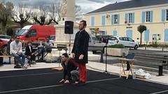 Spectacle All right CIE Main d'affaires #charentemaritime #france #RegionALPC #CNAR  #superfrance #lovesfrance #jaimelafrance #iphone6S #mobilephotography #igersniort #igersfrance #bonjour_100416 - Photo of Migré