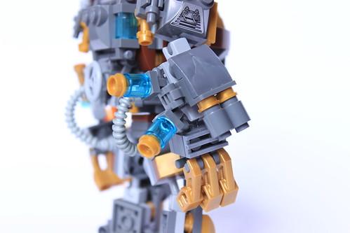 [MOC] Hulkbuster Steampunk 25826553164_2b16713afd