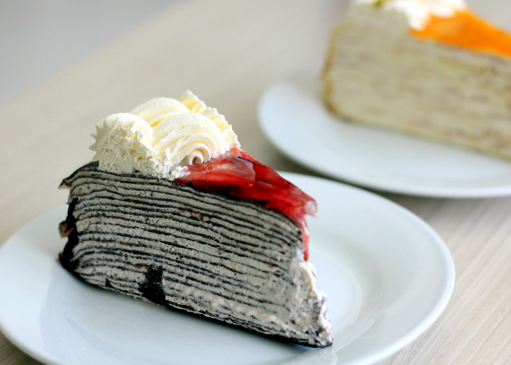 Malacca Food Guide: Nadeje Mille Crepe Cake Strawberry Chocolate Alcohol