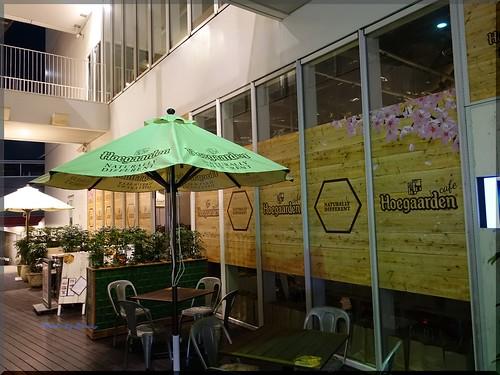 Photo:2016-03-24_T@ka.の食べ飲み歩きメモ(ブログ版)_ヒューガルデン花見カフェOPEN【原宿】cafe STUDIO_02 By:logtaka
