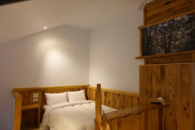 二樓的房間前半部靠樓梯處@宜蘭香格里拉休閒農場