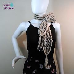 Netties-Super-Simple-Tassel-Scarf-free-crochet-pattern-by-Jessie-At-Home-