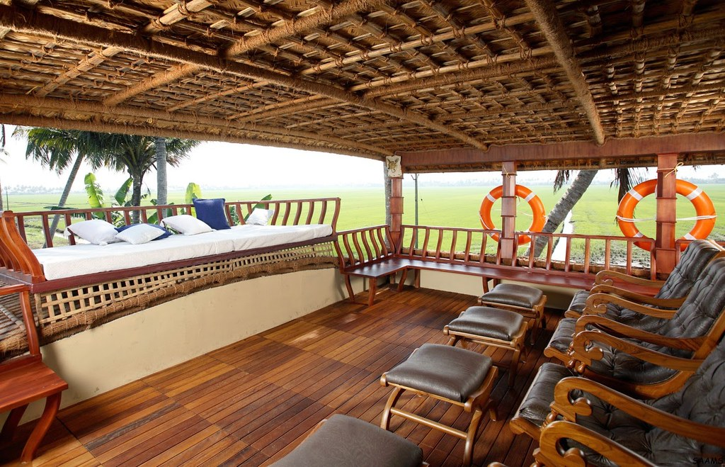 Luxury Houseboats Are The Most Luxurious Boats In Our Catalogue Though On Higher End One Can Rest Assured Of A Lavish Cruise These Majestic