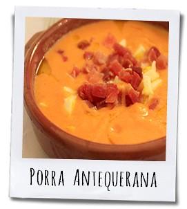 Een typische Porra Antequerana, een koude soep op basis van tomaten en look gevuld met gerookte ham en ei