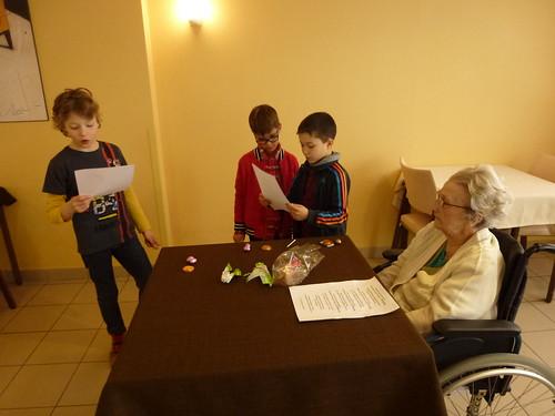 visite à la maison de retraite CE1B (01/04/2016)