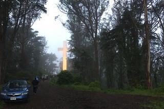 Mt. Davidson - Easter Sunday walking toward the cross