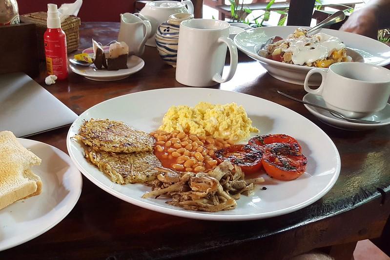 Reichhaltiges Frühstück im Ivy