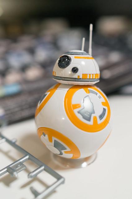 スターウォーズ 1/12 BB-8&R2-D2 [プラモデル] 、BB-8完成