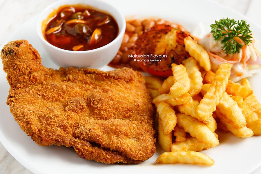 Rail Canteen Sunway Nexis hainanese chicken chop