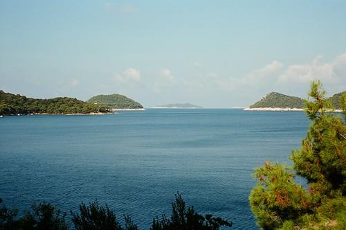 sea beach 35mm kodak horizon zeissikon morgen contaflex lastovo meeresblick ektar100 ubli rückenlicht