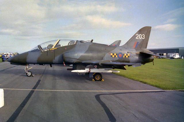 XX203/203 Hawk T.1