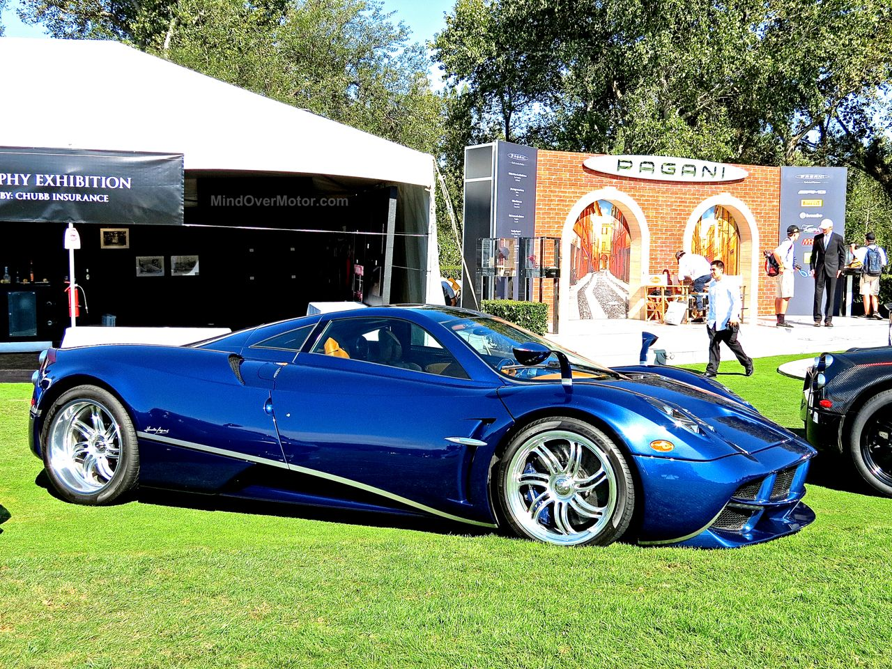 Pagani Huayra Blue Carbon The Quail 2