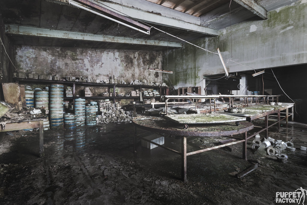 the workshop, making decay