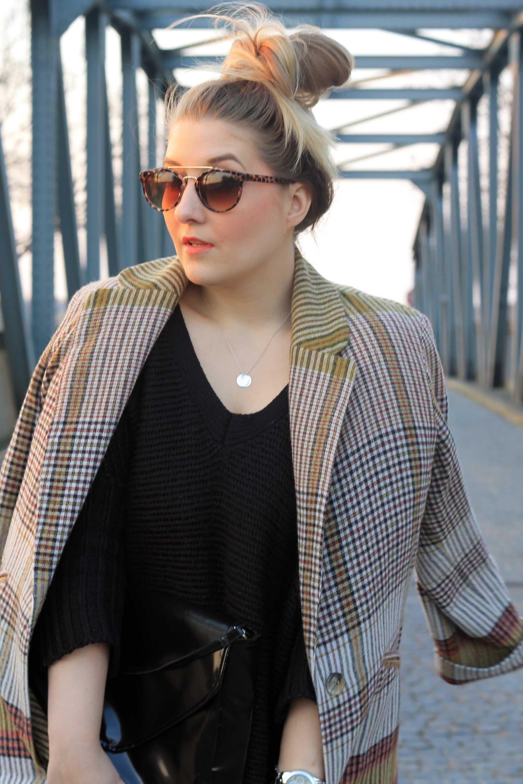 outfit-karierter-mantel-sonnenbrille-primark-look