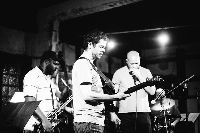 Fernando Ulibarri live at Churchills Pub monday's jazz nights 04/16.